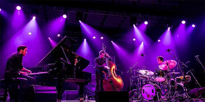 Remi Panossian Trio na Nišvillu