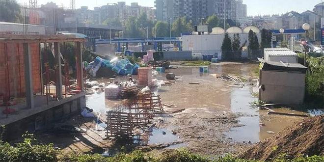 Aqua park u Nišu počeo sa radom (FOTO)